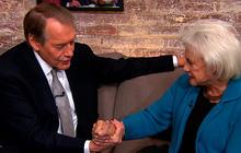 Sandra Day O'Connor shares secret Supreme Court handshake