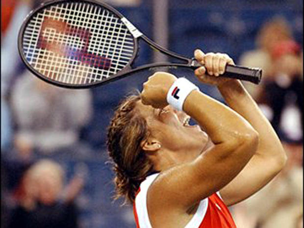 Ex-tennis star accused of stalking, battery