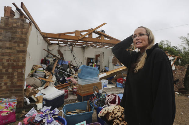 Tornadoes rip through northern Texas