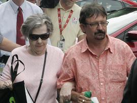 Gloria C. Mackenzie, Scott Mackenzie, powerball, florida