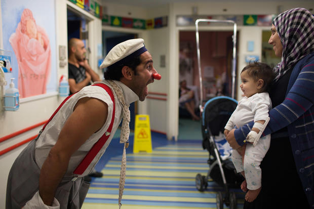 Clowning around in Jerusalem hospital
