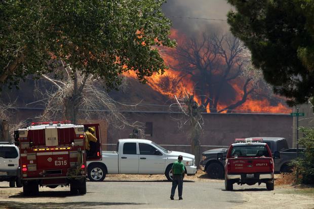 California fire continues to spread