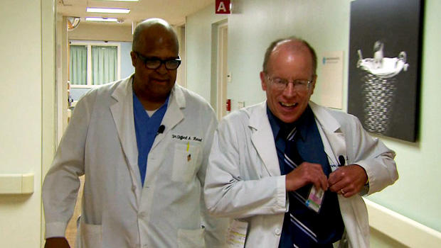 Clifford Hancock博士和Dennis Noesen博士