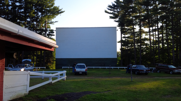 Drive-in survival threatened by Hollywood's digital conversion