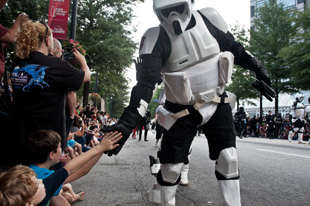 Zombies, stormtroopers descend on Atlanta