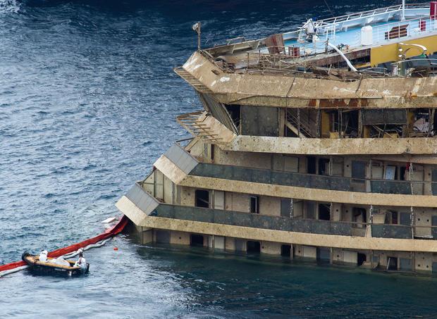 Raising the Costa Concordia