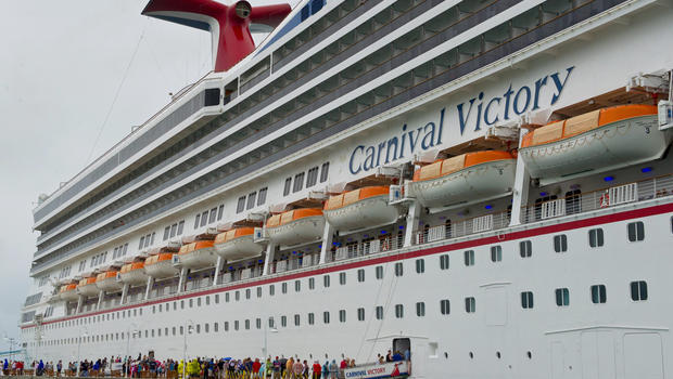 Carnival Cruise Lines Says 6 Year Old Boy Drowned In Pool At Sea Cbs News