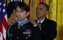 Army veteran William Swenson receives Medal of Honor