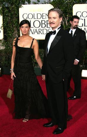 Darren Sharper Shirtless further Anna Paquin 3340 in addition 22517 also Jennifer Lawrence   Worth besides Roy Scheider. on oscar award worth
