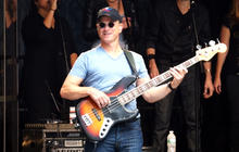 """Gary Sinise gives wounded veterans a """"fighting chance"""""""