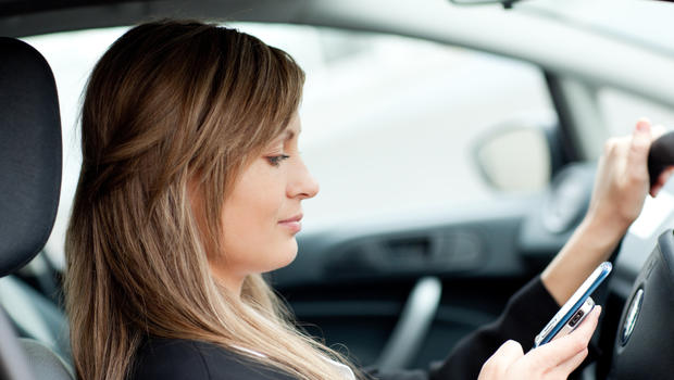 Study: Adults more likely to text, use phones while driving than ...