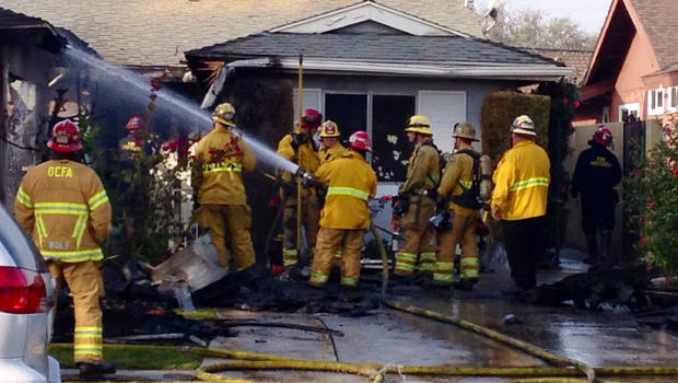 Two Killed Five Injured In Calif Blaze At Home For
