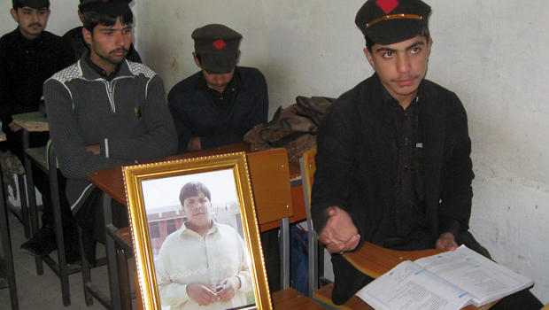 pakistani_hero_classmates.jpg