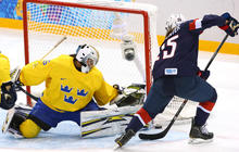 U.S. women's hockey team reaches Olympic gold medal game