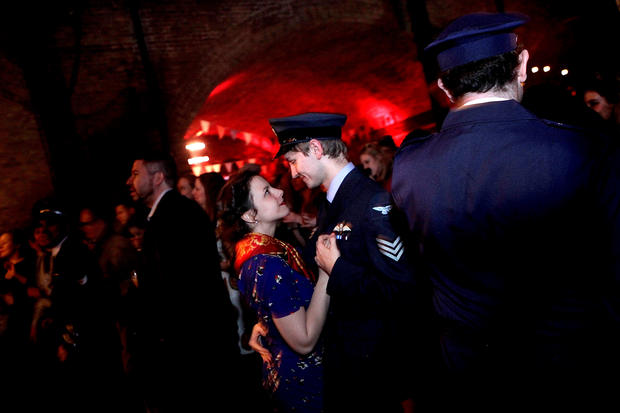 Brits party like it's 1940