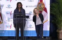 Michelle Obama wants Amy Poehler to cook her dinner
