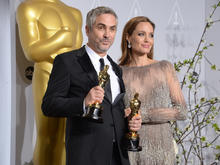 oscar-press-room-alfonso-cuaron-476438613.jpg