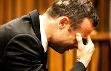 Pistorius becomes emotional during testimony