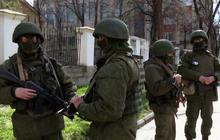 Forces storm Ukrainian navy headquarters in Crimea