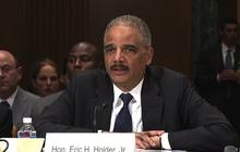 "Eric Holder vows ""full and thorough"" investigation of Ft. Hood shooting"