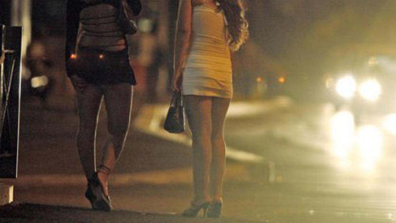 Сняли девки на трассе 22 фотография