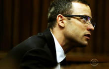 Oscar Pistorius sobs, howls on stand at murder trial