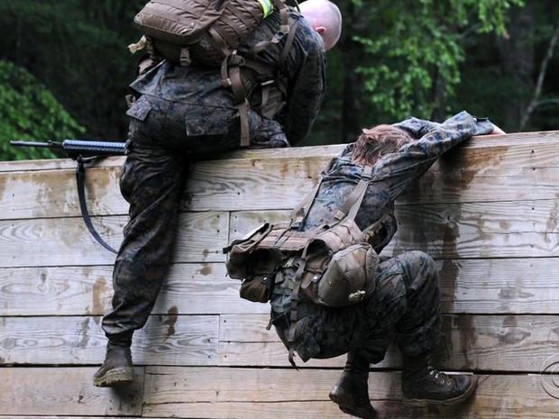 海军陆战队员,climb.jpg