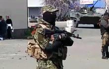 Ukraine prepares to fight pro-Russian forces