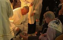 Pope Francis washes feet of women and disabled
