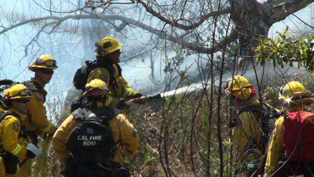 californiawildfiresfirefightershoses.jpg