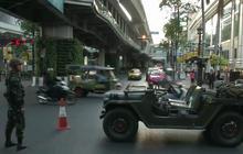 Thailand under martial law, deploys troops
