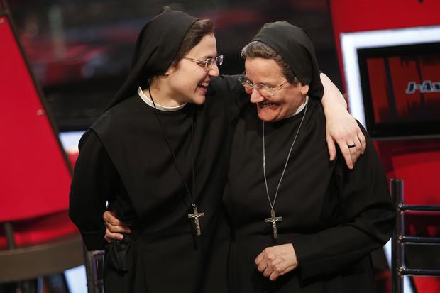 "Singing nun wins ""The Voice"""