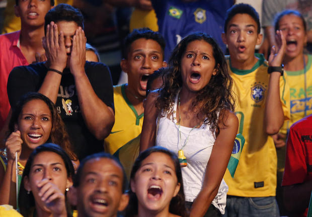 Fans worldwide watch World Cup