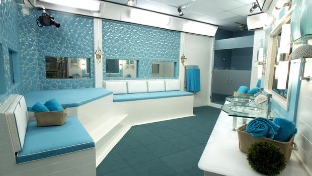 Julie chen takes you inside the new big brother house for Big houses inside