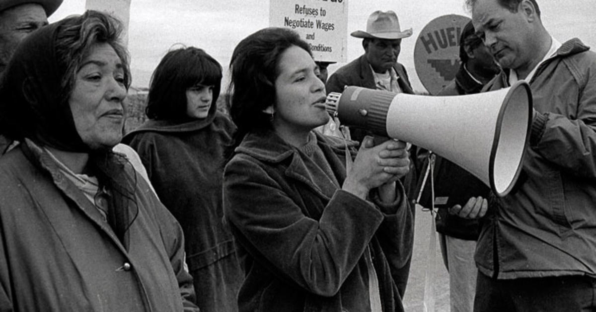 Dolores Huerta S 50 Years Of Civil Rights Activism Cbs News