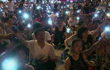 Hong Kong police arrest hundreds in pro-democracy protest