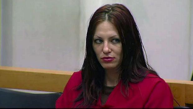 Alix Tichelman在法庭上