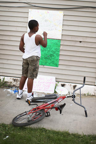 Chicagoans remember young victim of gun violence