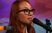 "Tori Amos sings ""Oysters"" on Saturday Sessions"
