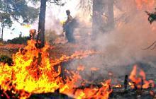 High temps, lightning spark new California wildfires