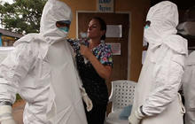 Ebola epidemic sparks panic in African nations