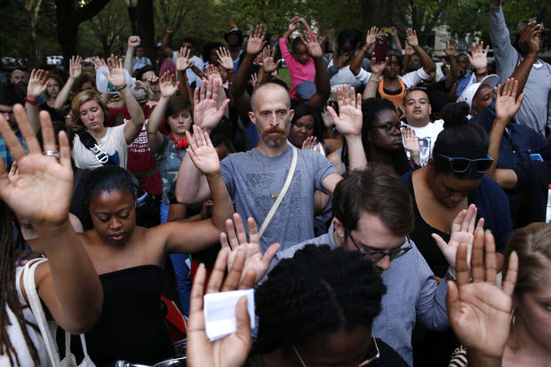 Vigils held around the country in support of Ferguson, Mo.