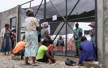 Ebola treatment centers overwhelmed by huge influx of patients