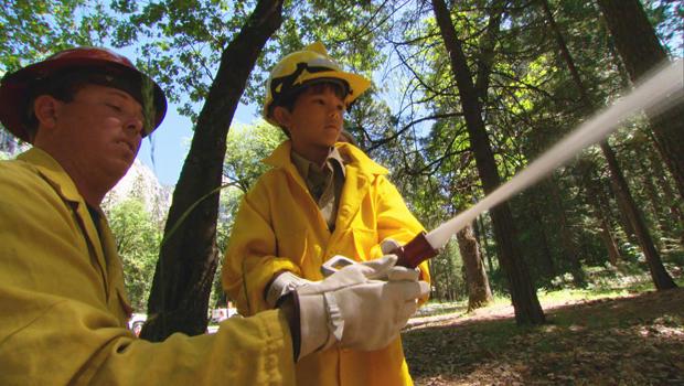 化妆许愿,公园护林员加布战斗,火620.jpg
