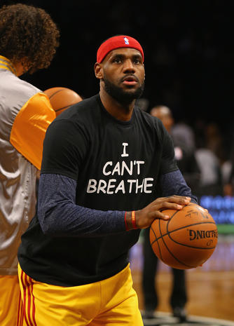 Protests as royals attend basketball game in Brooklyn