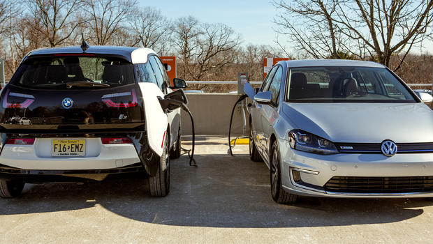 Bmw Volkswagen Team Up To Build Electric Car Charging