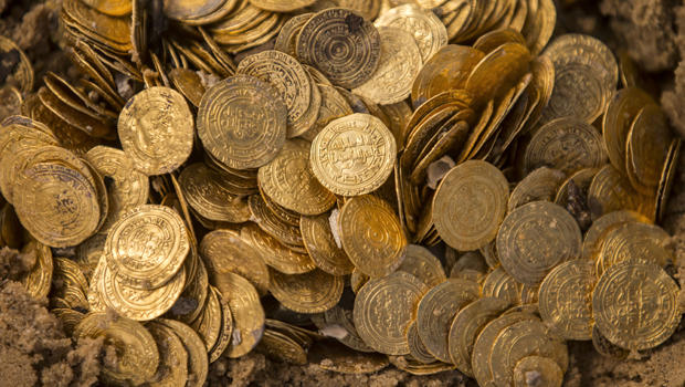 CBS News Logo   Divers discover treasure trove of medieval gold coins