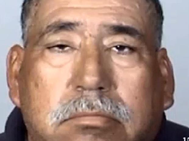 亚利桑那州尤马市54岁的何塞·亚历杭德罗·桑切斯·拉米雷斯,2015年2月24日在洛杉矶以外的地方发生的通勤火车相撞和部分脱轨的车手