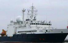 Russian ships sailing near U.S. artillery submarine