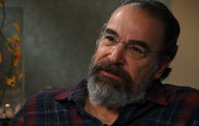 """Homeland"" star Patinkin: Be patient with plot twists"